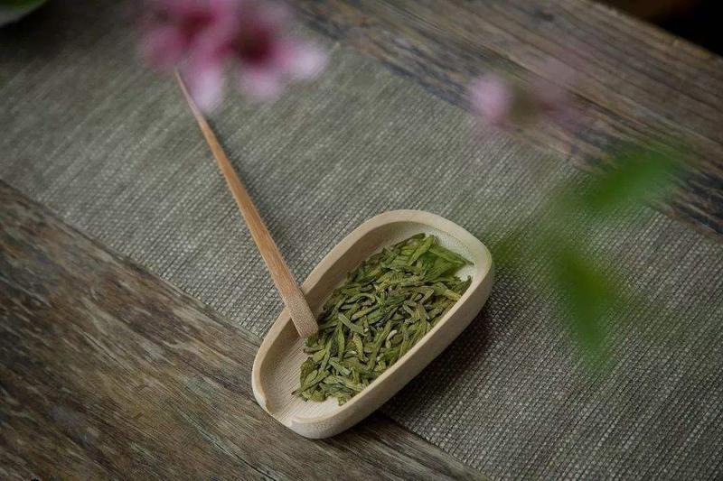 茶渣可以食用,但是对人体健康并没有太大作用
